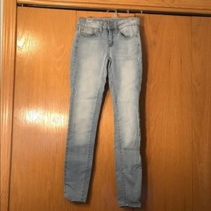 00 SO Light Washed Jeans